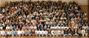 A class photo with a lot of people in it.